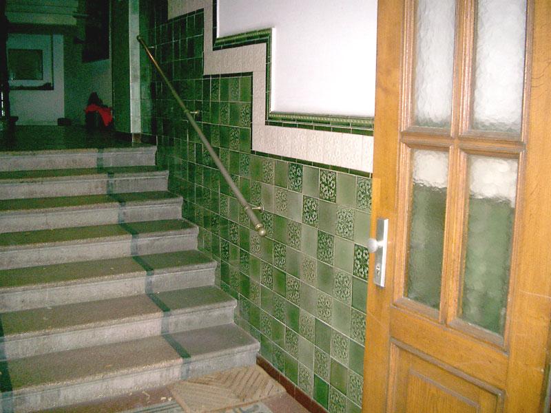 Treppenhaus Fliesen Stunning Fliesen Fr Treppen With Treppenhaus